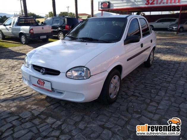 //www.autoline.com.br/carro/chevrolet/corsa-10-sedan-wind-milenium-8v-gasolina-4p-manual/2001/santa-maria-rs/11766382