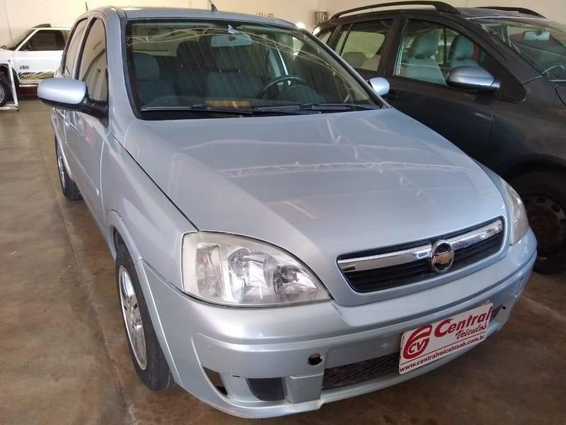 //www.autoline.com.br/carro/chevrolet/corsa-14-hatch-premium-8v-flex-4p-manual/2008/agua-boa-mt/11954440