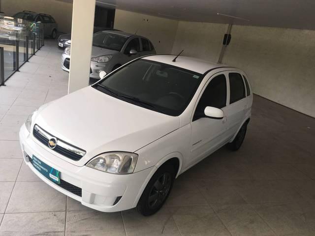 //www.autoline.com.br/carro/chevrolet/corsa-14-hatch-premium-8v-flex-4p-manual/2010/blumenau-sc/12238158
