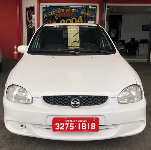 //www.autoline.com.br/carro/chevrolet/corsa-16-hatch-super-8v-gasolina-4p-manual/2002/curitiba-pr/12441835
