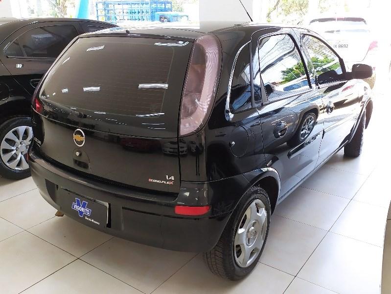 //www.autoline.com.br/carro/chevrolet/corsa-14-hatch-premium-8v-flex-4p-manual/2009/sao-paulo-sp/12561513