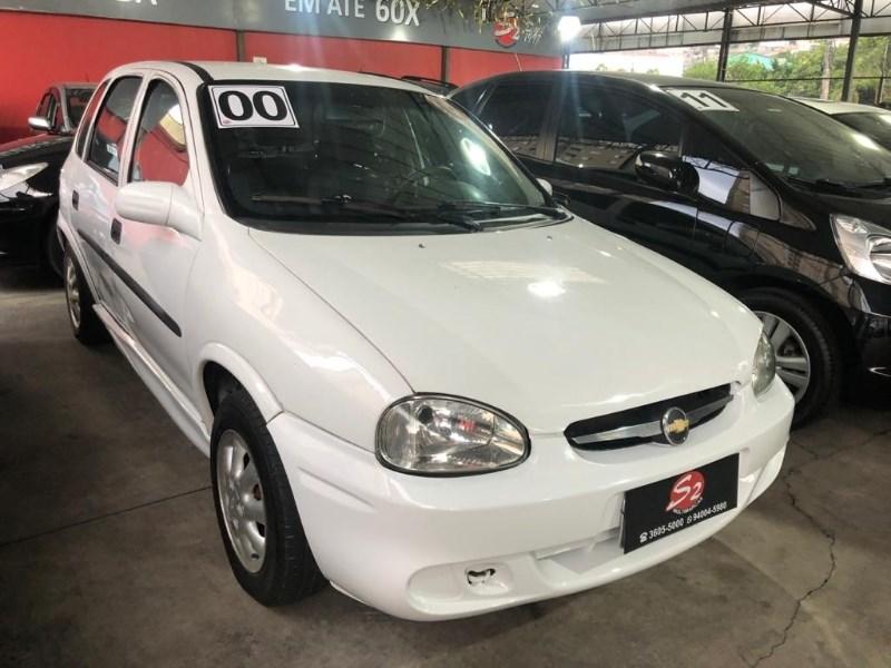 //www.autoline.com.br/carro/chevrolet/corsa-10-hatch-wind-8v-gasolina-4p-manual/2000/osasco-sp/12731020