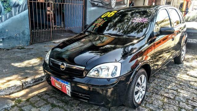 //www.autoline.com.br/carro/chevrolet/corsa-10-hatch-maxx-8v-flex-4p-manual/2006/suzano-sp/12806039