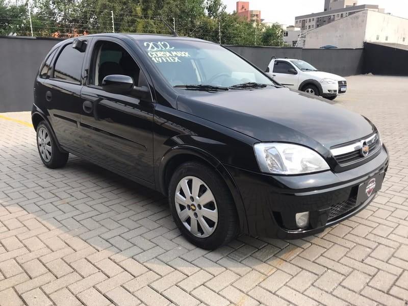 //www.autoline.com.br/carro/chevrolet/corsa-14-hatch-maxx-8v-flex-4p-manual/2012/curitiba-pr/12862469