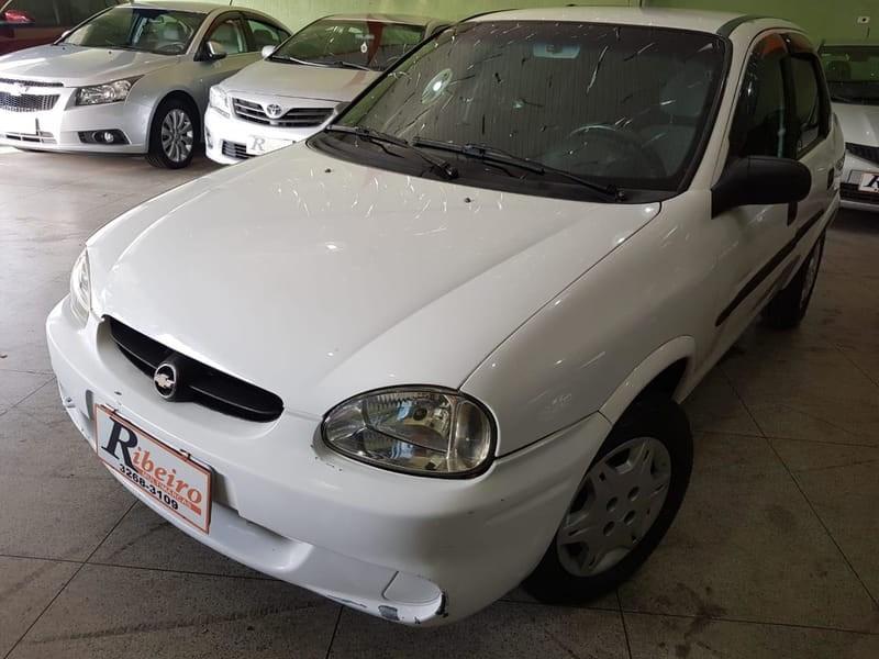 //www.autoline.com.br/carro/chevrolet/corsa-16-sedan-classic-8v-gasolina-4p-manual/2003/campinas-sp/12956108