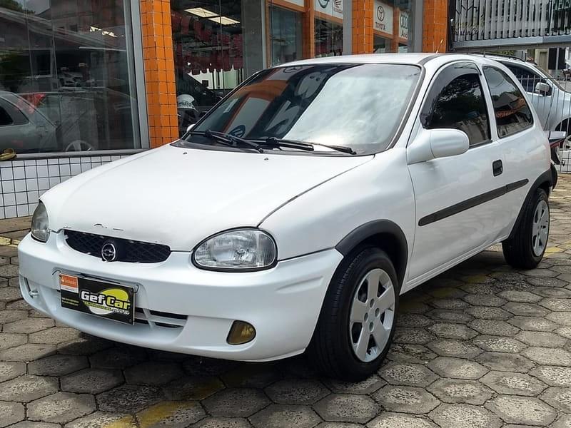 //www.autoline.com.br/carro/chevrolet/corsa-10-wind-mpfi-60cv-4p-alcool-manual/2000/wenceslau-braz-pr/13332734