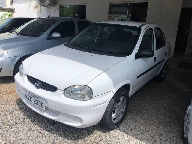 //www.autoline.com.br/carro/chevrolet/corsa-10-sedan-milenium-16v-gasolina-4p-manual/2001/catalao-go/13428198