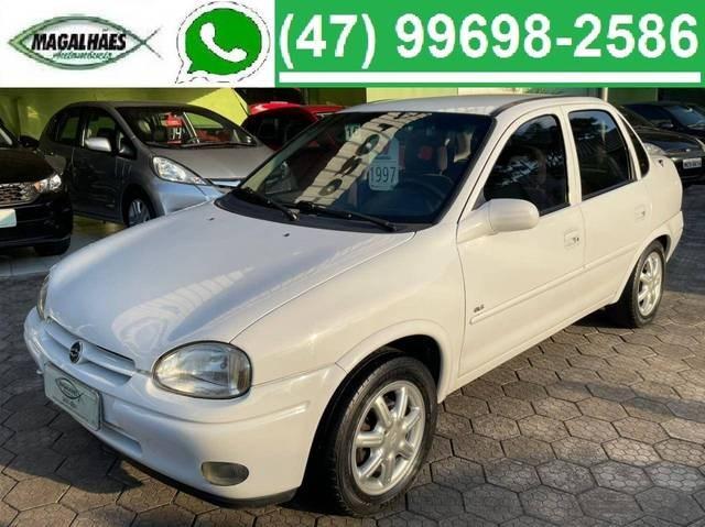 //www.autoline.com.br/carro/chevrolet/corsa-16-gls-mpfi-16v-105cv-4p-gasolina-manual/1997/joinville-sc/13934055