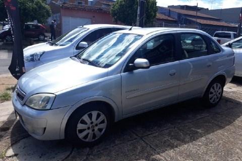 //www.autoline.com.br/carro/chevrolet/corsa-14-sedan-premium-8v-flex-4p-manual/2012/brasilia-df/14044801