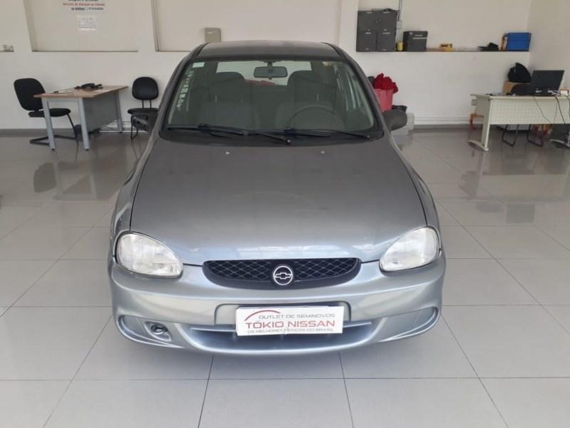 //www.autoline.com.br/carro/chevrolet/corsa-10-hatch-wind-8v-gasolina-4p-manual/2000/sao-bernardo-do-campo-sp/14084345