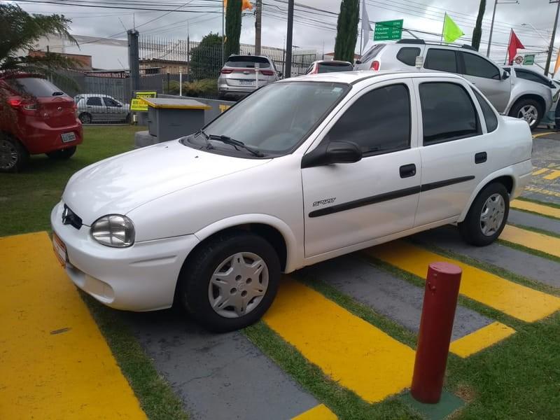 //www.autoline.com.br/carro/chevrolet/corsa-16-sedan-classic-spirit-8v-gasolina-4p-manual/2005/curitiba-pr/14381478
