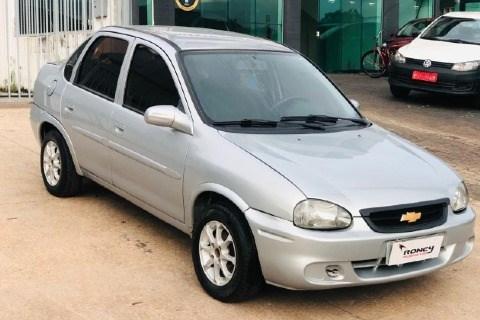 //www.autoline.com.br/carro/chevrolet/corsa-10-sedan-wind-milenium-8v-gasolina-4p-manual/2002/brasilia-df/14458577