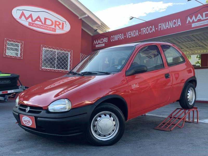 //www.autoline.com.br/carro/chevrolet/corsa-10-wind-efi-56cv-2p-gasolina-manual/1995/palhoca-sc/14481619