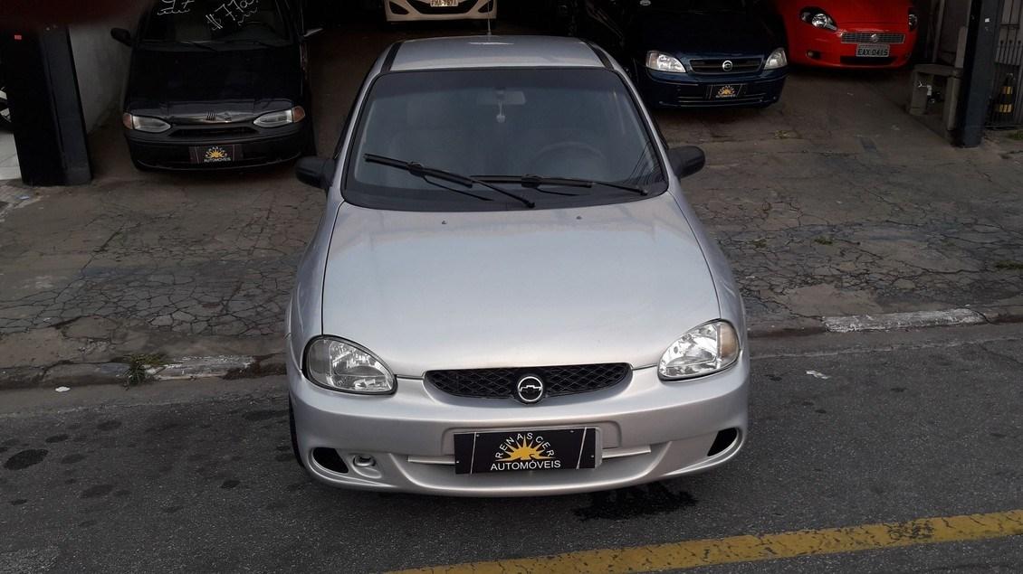 //www.autoline.com.br/carro/chevrolet/corsa-10-hatch-wind-8v-gasolina-2p-manual/2001/osasco-sp/14620734