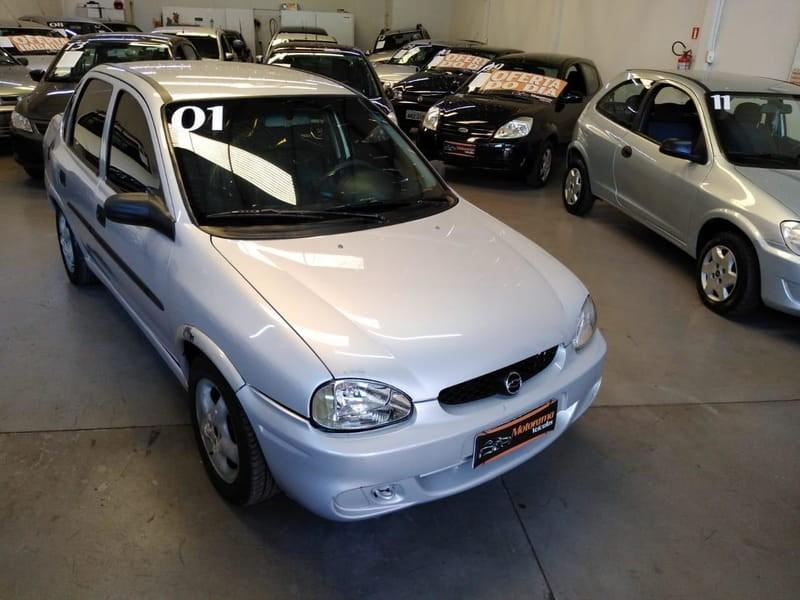 //www.autoline.com.br/carro/chevrolet/corsa-10-sedan-super-16v-gasolina-4p-manual/2001/maringa-pr/14652659