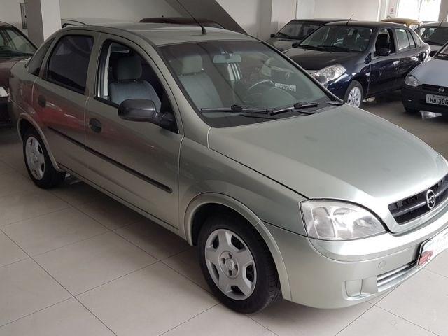 //www.autoline.com.br/carro/chevrolet/corsa-18-sedan-maxx-8v-flex-4p-manual/2006/rio-de-janeiro-rj/14654052