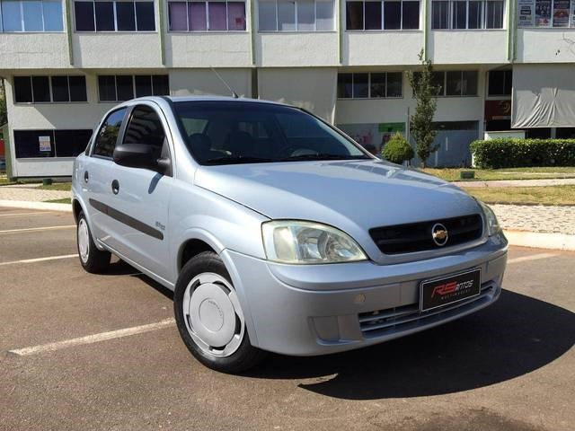 //www.autoline.com.br/carro/chevrolet/corsa-10-sedan-maxx-8v-flex-4p-manual/2007/aparecida-de-goiania-go/14656963