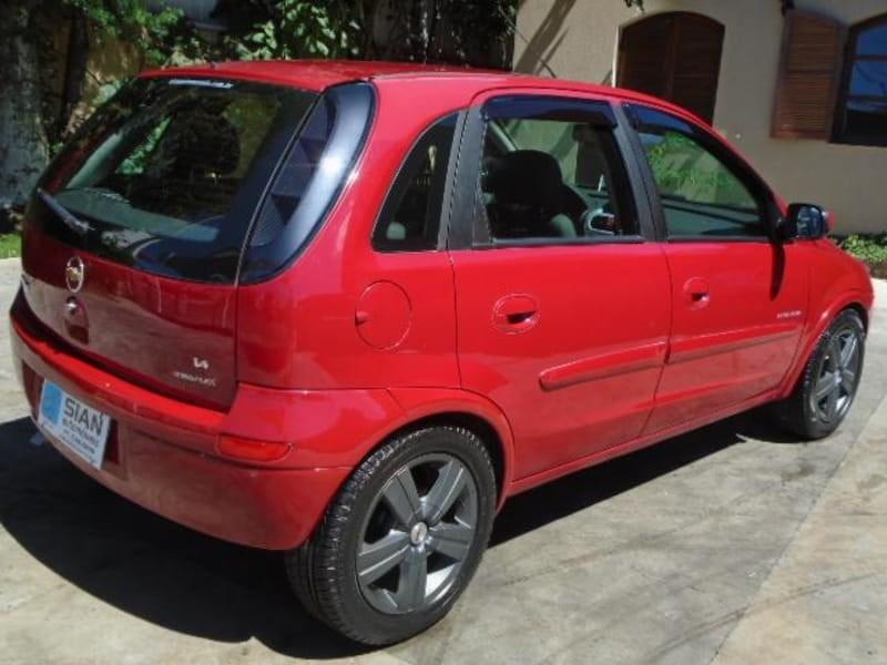 //www.autoline.com.br/carro/chevrolet/corsa-14-hatch-premium-8v-flex-4p-manual/2009/curitiba-pr/14684655
