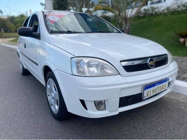 //www.autoline.com.br/carro/chevrolet/corsa-14-sedan-maxx-8v-flex-4p-manual/2010/sao-jose-dos-campos-sp/14790255