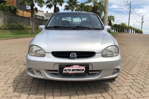 //www.autoline.com.br/carro/chevrolet/corsa-10-a-sedan-classic-super-8v-alcool-4p-manual/2005/estancia-velha-rs/14798368