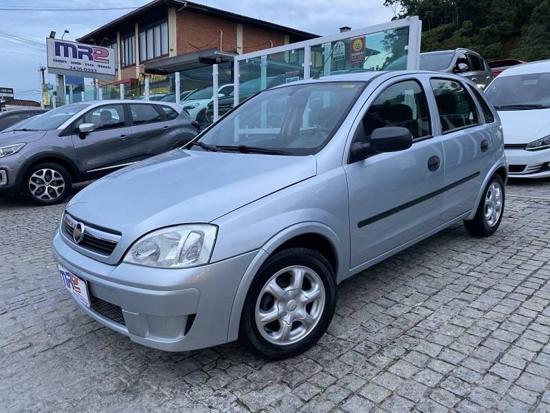 //www.autoline.com.br/carro/chevrolet/corsa-10-hatch-joy-8v-flex-4p-manual/2009/joinville-sc/14836944