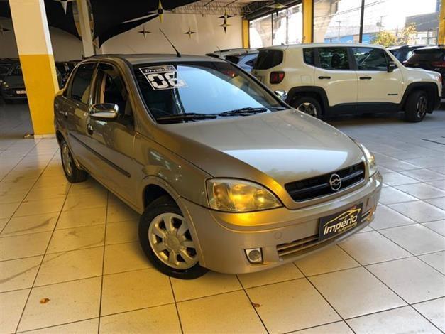 //www.autoline.com.br/carro/chevrolet/corsa-18-sedan-maxx-8v-flex-4p-manual/2006/sao-paulo-sp/14854293