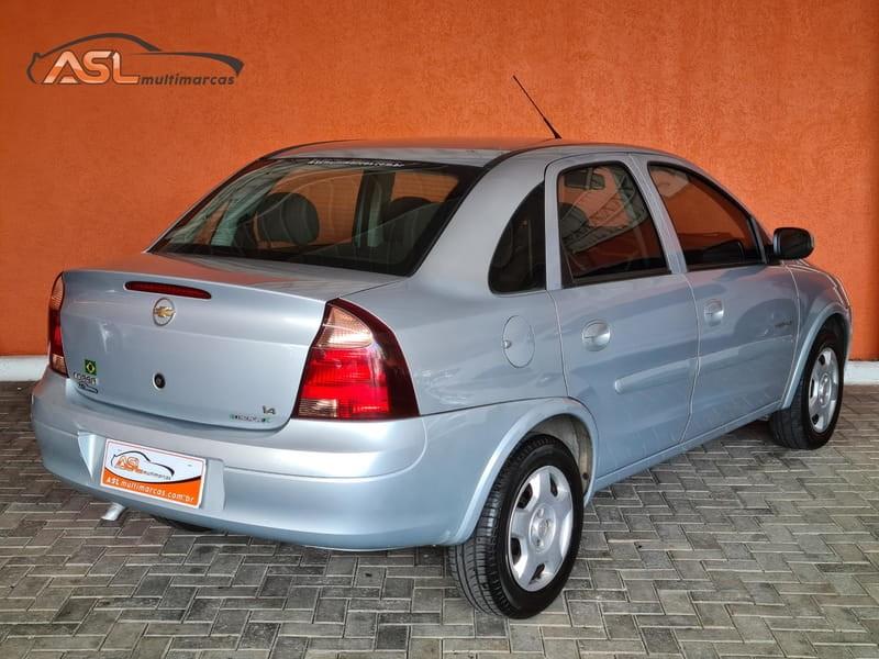 //www.autoline.com.br/carro/chevrolet/corsa-14-sedan-premium-8v-flex-4p-manual/2012/curitiba-pr/14925594