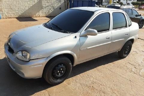 //www.autoline.com.br/carro/chevrolet/corsa-10-sedan-wind-milenium-8v-gasolina-4p-manual/2002/pontes-e-lacerda-mt/15035505