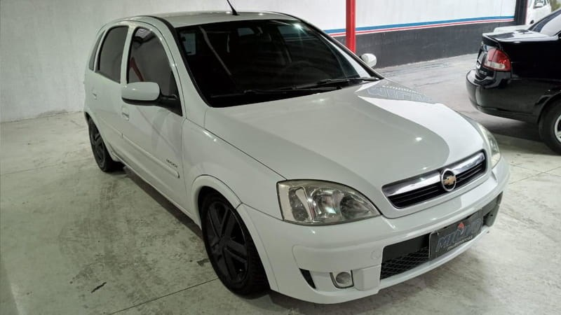 //www.autoline.com.br/carro/chevrolet/corsa-14-hatch-maxx-8v-flex-4p-manual/2008/curitiba-pr/15109548