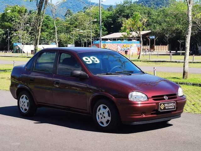 //www.autoline.com.br/carro/chevrolet/corsa-10-sedan-wind-8v-gasolina-4p-manual/1999/timbo-sc/15109841