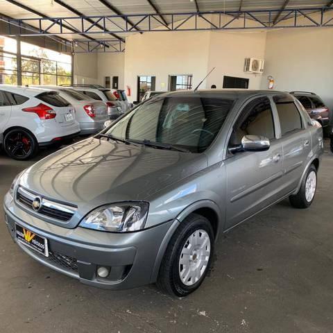 //www.autoline.com.br/carro/chevrolet/corsa-14-sedan-premium-8v-flex-4p-manual/2009/mineiros-go/15182970
