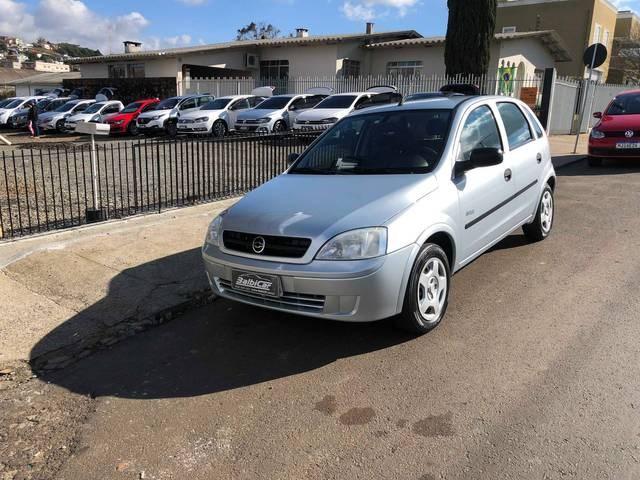 //www.autoline.com.br/carro/chevrolet/corsa-10-hatch-maxx-8v-flex-4p-manual/2007/cacador-sc/15213873