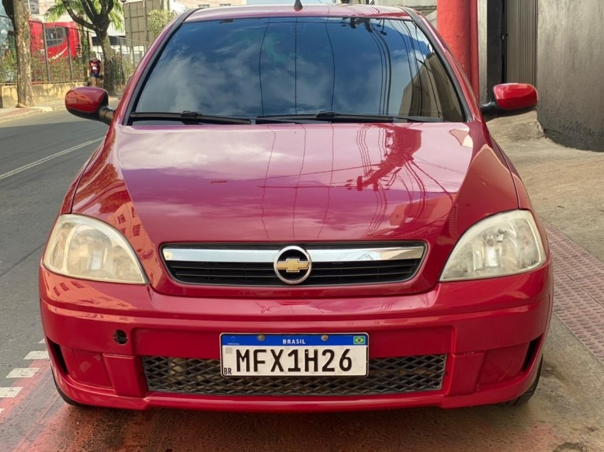 //www.autoline.com.br/carro/chevrolet/corsa-14-sedan-premium-8v-flex-4p-manual/2009/colatina-es/15214082