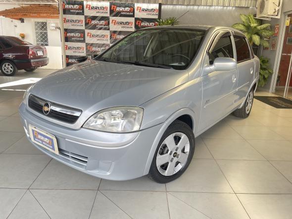 //www.autoline.com.br/carro/chevrolet/corsa-10-hatch-joy-8v-flex-4p-manual/2007/araraquara-sp/15228840