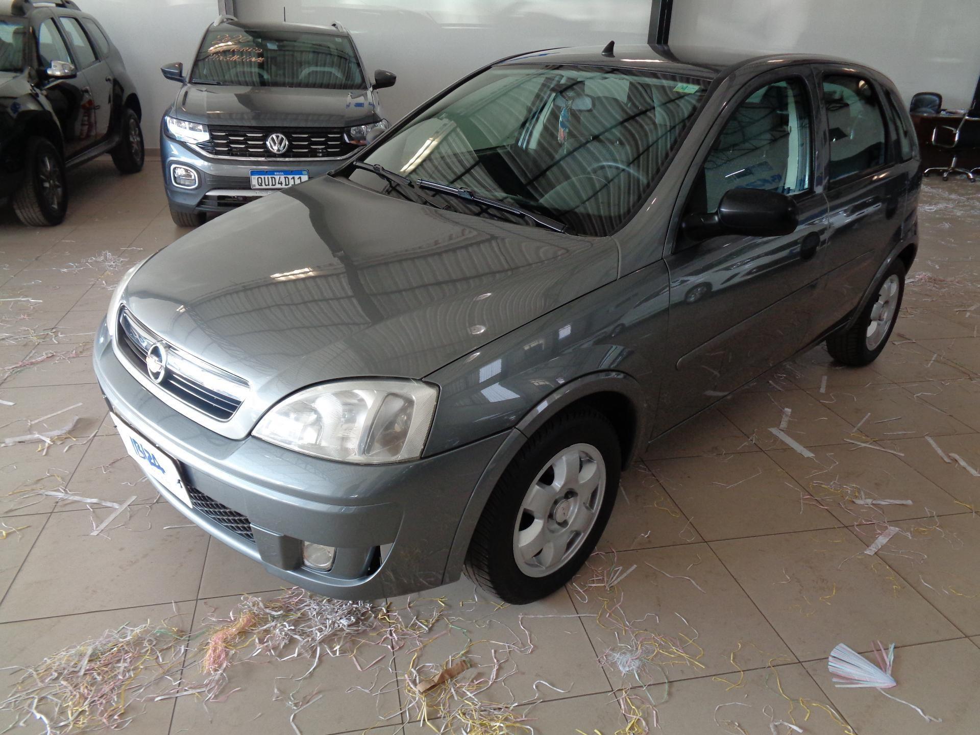 //www.autoline.com.br/carro/chevrolet/corsa-14-hatch-maxx-8v-flex-4p-manual/2012/patos-de-minas-mg/15337271