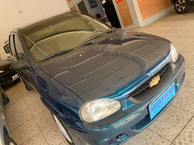 //www.autoline.com.br/carro/chevrolet/corsa-10-sedan-wind-8v-gasolina-4p-manual/1999/varginha-mg/15416955