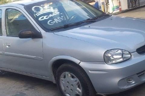 //www.autoline.com.br/carro/chevrolet/corsa-10-sedan-classic-8v-gasolina-4p-manual/2003/barra-mansa-rj/15432912