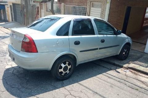 //www.autoline.com.br/carro/chevrolet/corsa-10-sedan-joy-8v-flex-4p-manual/2006/sao-paulo-sp/15602166