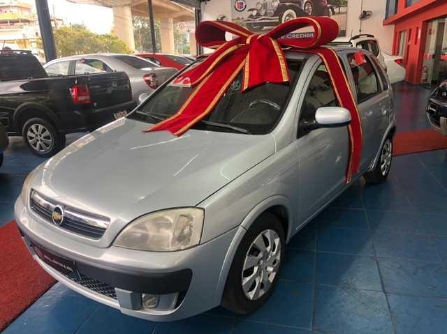 //www.autoline.com.br/carro/chevrolet/corsa-14-hatch-premium-8v-flex-4p-manual/2009/sao-paulo-sp/15616598