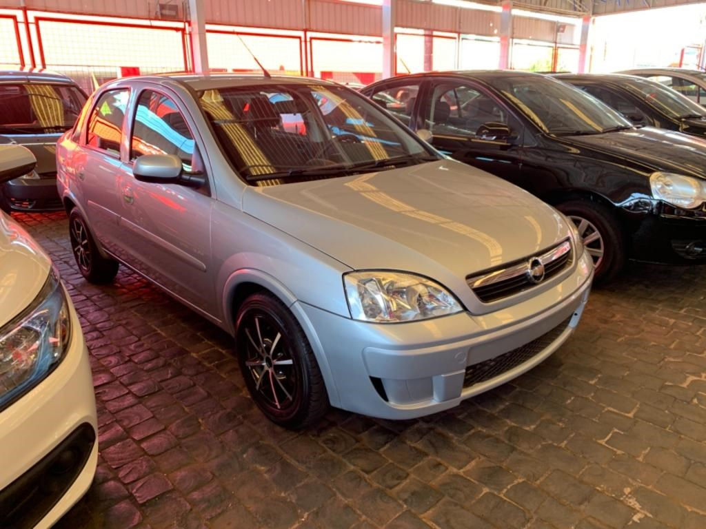 //www.autoline.com.br/carro/chevrolet/corsa-14-sedan-premium-8v-flex-4p-manual/2008/uberlandia-mg/15640763
