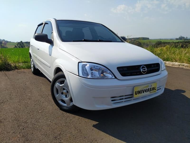 //www.autoline.com.br/carro/chevrolet/corsa-10-sedan-8v-gasolina-4p-manual/2003/tres-passos-rs/15678735