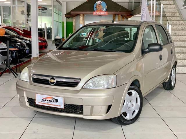 //www.autoline.com.br/carro/chevrolet/corsa-14-hatch-maxx-8v-flex-4p-manual/2012/sao-jose-dos-campos-sp/15679094