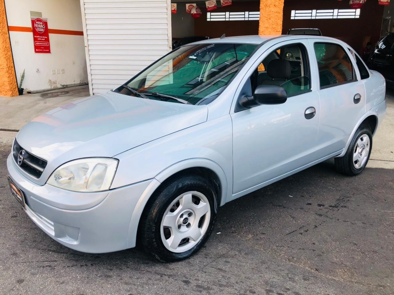 //www.autoline.com.br/carro/chevrolet/corsa-18-sedan-joy-8v-flex-4p-manual/2007/braganca-paulista-sp/15695340