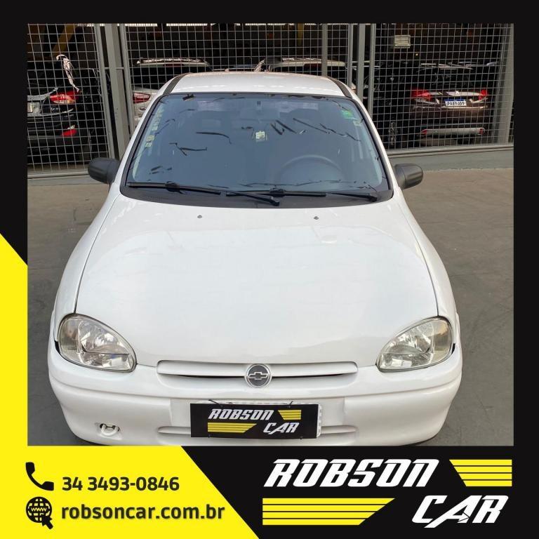 //www.autoline.com.br/carro/chevrolet/corsa-10-sedan-wind-8v-gasolina-4p-manual/1999/uberlandia-mg/15698407