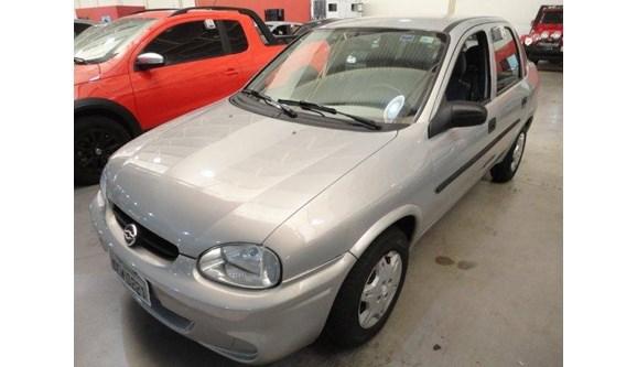 //www.autoline.com.br/carro/chevrolet/corsa-10-classic-8v-sedan-alcool-4p-manual/2004/bauru-sp/6666482