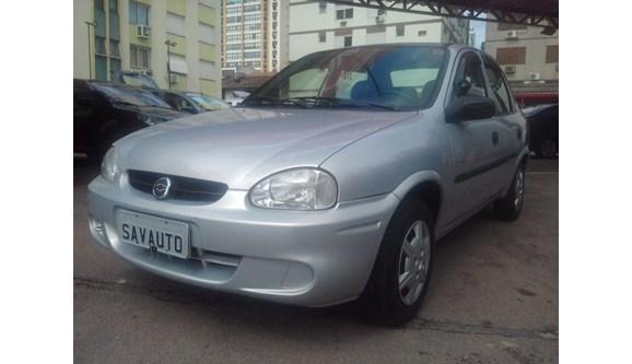 //www.autoline.com.br/carro/chevrolet/corsa-10-8v-sedan-gasolina-4p-manual/2004/porto-alegre-rs/6788374