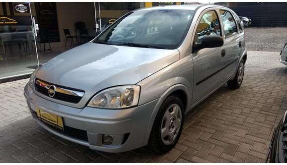 //www.autoline.com.br/carro/chevrolet/corsa-10-joy-8v-flex-4p-manual/2008/curitiba-pr/7001576