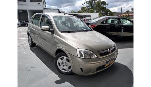 //www.autoline.com.br/carro/chevrolet/corsa-14-premium-8v-flex-4p-manual/2009/diadema-sp/7347987