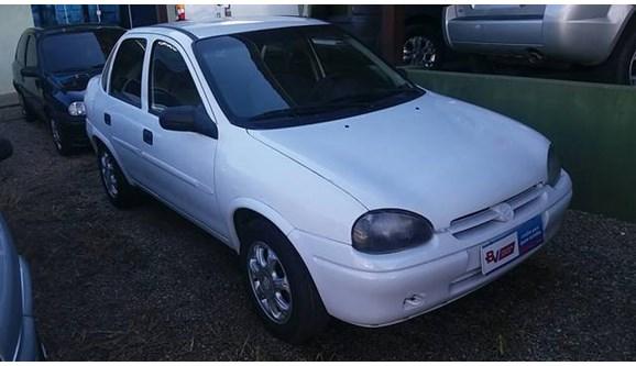 //www.autoline.com.br/carro/chevrolet/corsa-16-gls-8v-gasolina-4p-manual/1999/araucaria-pr/7749819