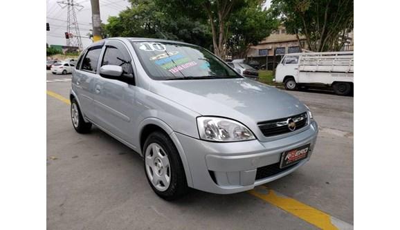 //www.autoline.com.br/carro/chevrolet/corsa-14-premium-8v-flex-4p-manual/2010/sao-paulo-sp/7927166